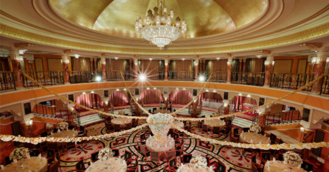 Most famous hotels with luxurious lighting design