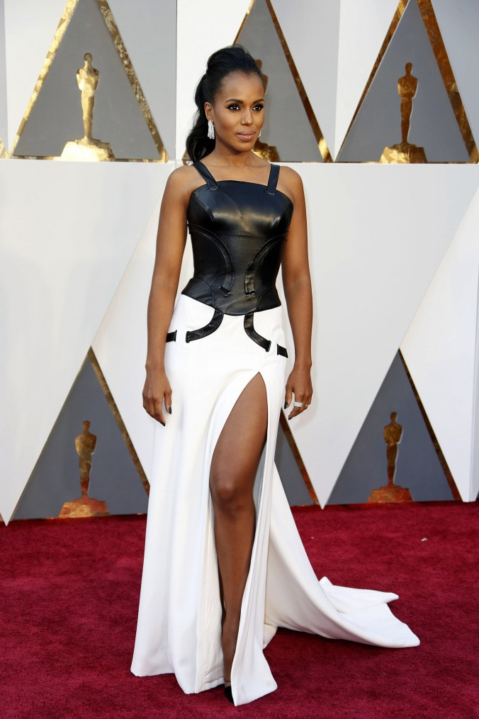 Red Carpet kerry washington oscars Oscars fashion 2016: Red Carpet vs LUXXU's designs Oscars fashion 2016 luxury in Red Carpet kerry washington e1456736233319