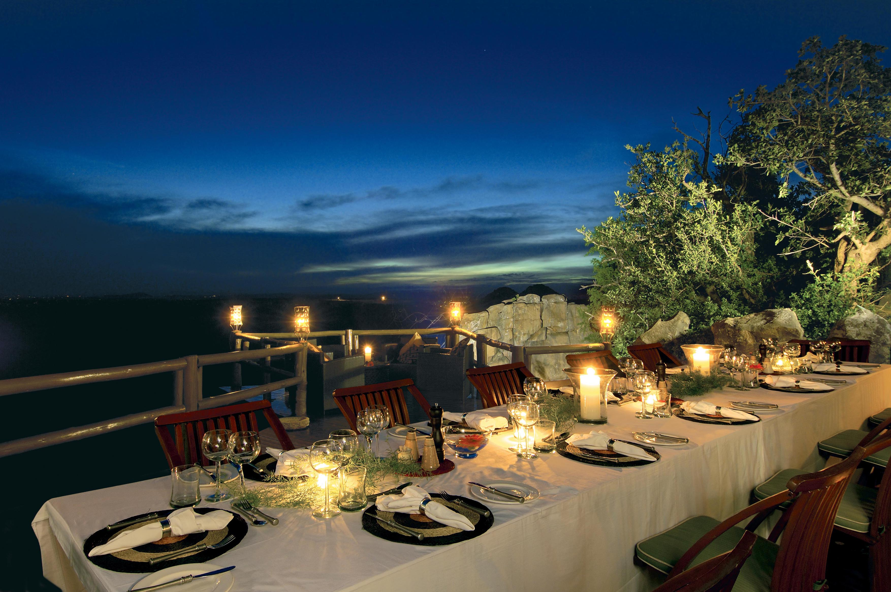 Beautiful restaurants in south africa for Hotel luxury world