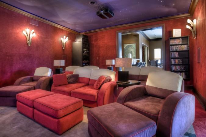 villa contenta Luxury Guide: find Villa Contenta in Palm Island Luxury Guide find Villa Contenta in Palm Island cinema room e1456910877491
