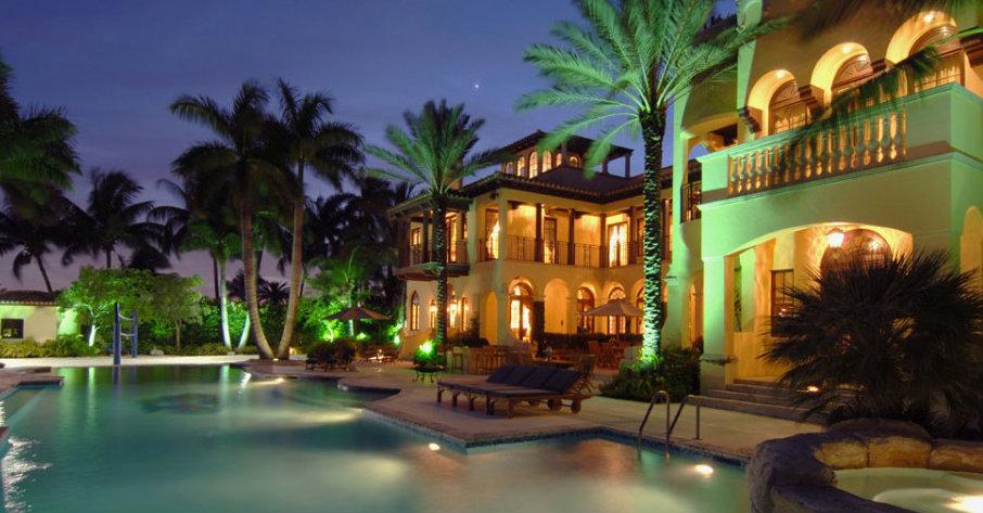 Luxury Guide: find Villa Contenta in Palm Island