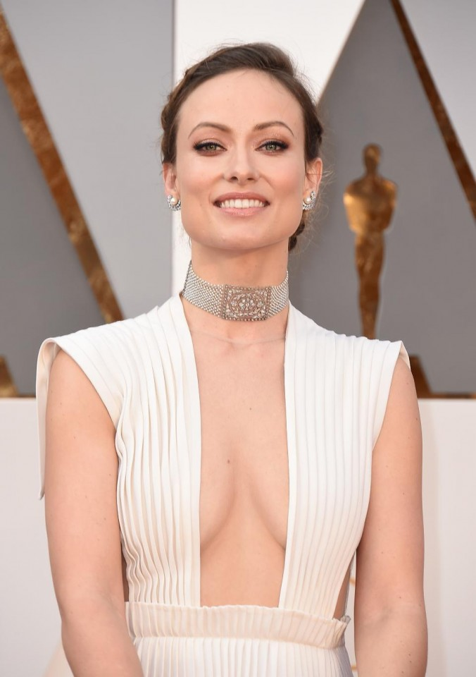 Luxury jewelry of Oscars 2016 olivia wilde Oscars Luxury jewelry of Oscars 2016 Luxury jewelry of Oscars 2016 olivia wilde e1457000614245
