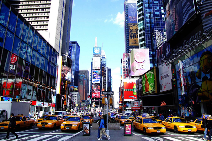 new york shopping streets shopping streets Luxury Guide: Find The Best High-End Shopping Streets new york shopping