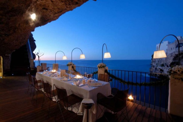 Boutique Hotel Grotta Palazzese Boutique Hotel Grotta Palazzese Luxury restaurants: Boutique Hotel Grotta Palazzese Luxury restaurants an unforgettable experience inside a cave lighting e1463740500231