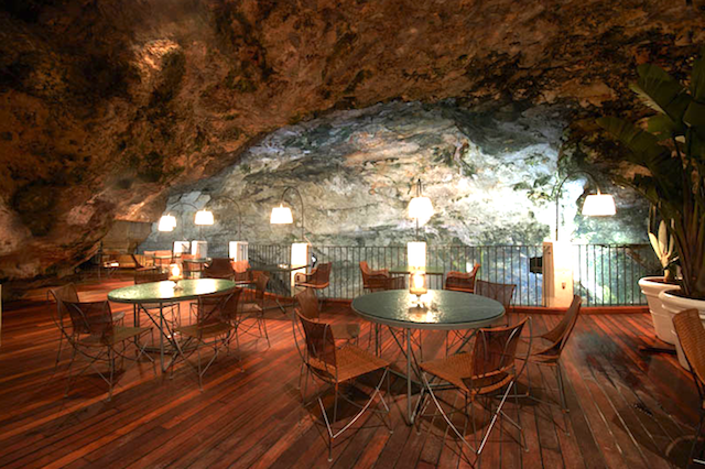Boutique Hotel Grotta Palazzese Luxury restaurants: Boutique Hotel Grotta Palazzese Luxury restaurants an unforgettable experience inside a cave lighting room