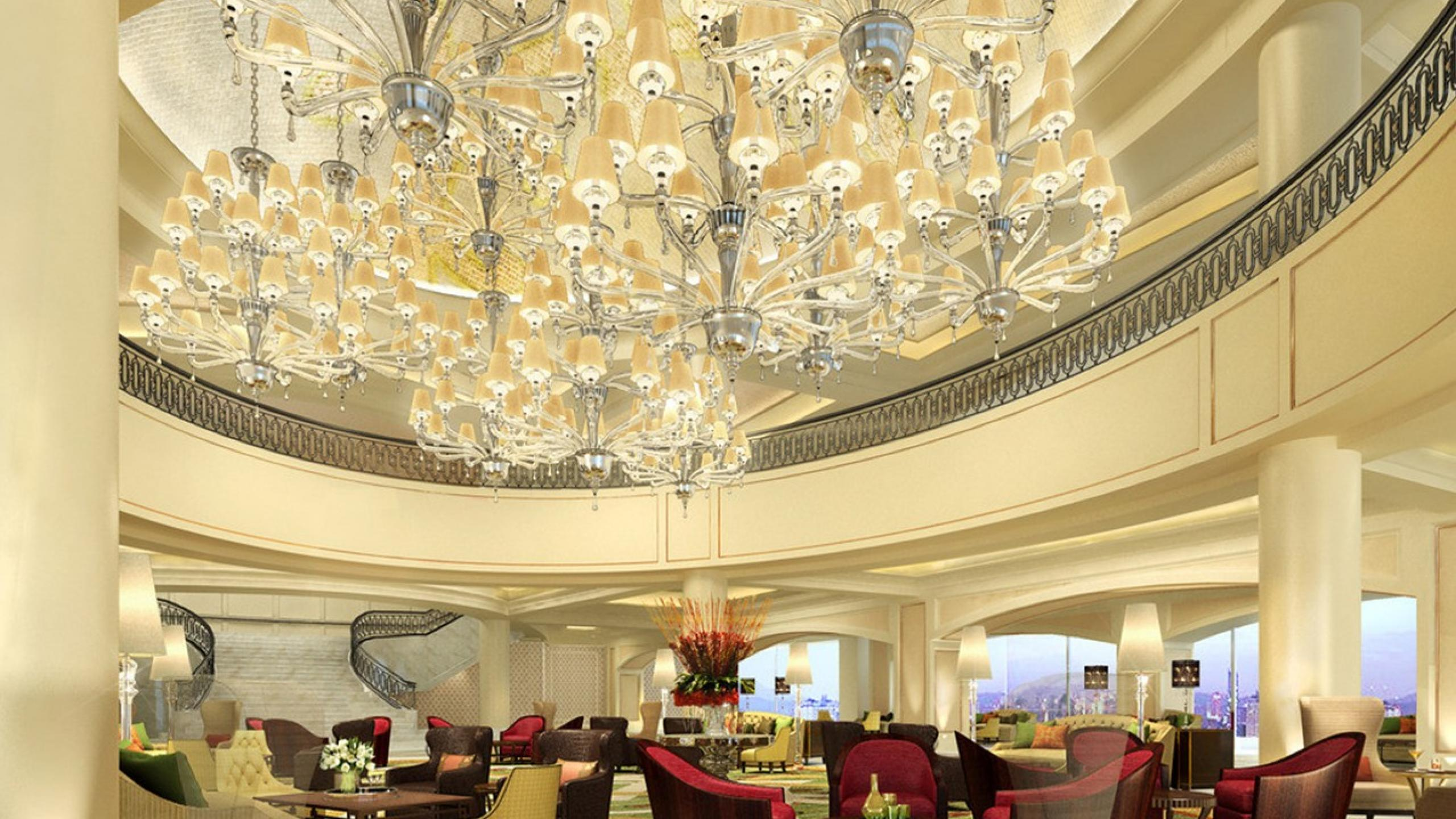 Perfect chandeliers for luxurious hotels