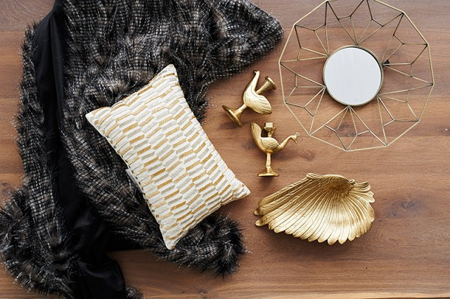 Inspirations from Nate Berkus gold accents Nate Berkus Inspirations from Nate Berkus Inspirations from Nate Berkus gold accents