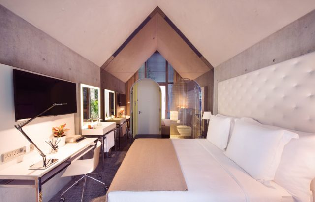M Social Design Hotel by Philippe Starck bedroom Philippe Starck M Social Design Hotel by Philippe Starck M Social Design Hotel by Philippe Starck bedroom e1468917399338