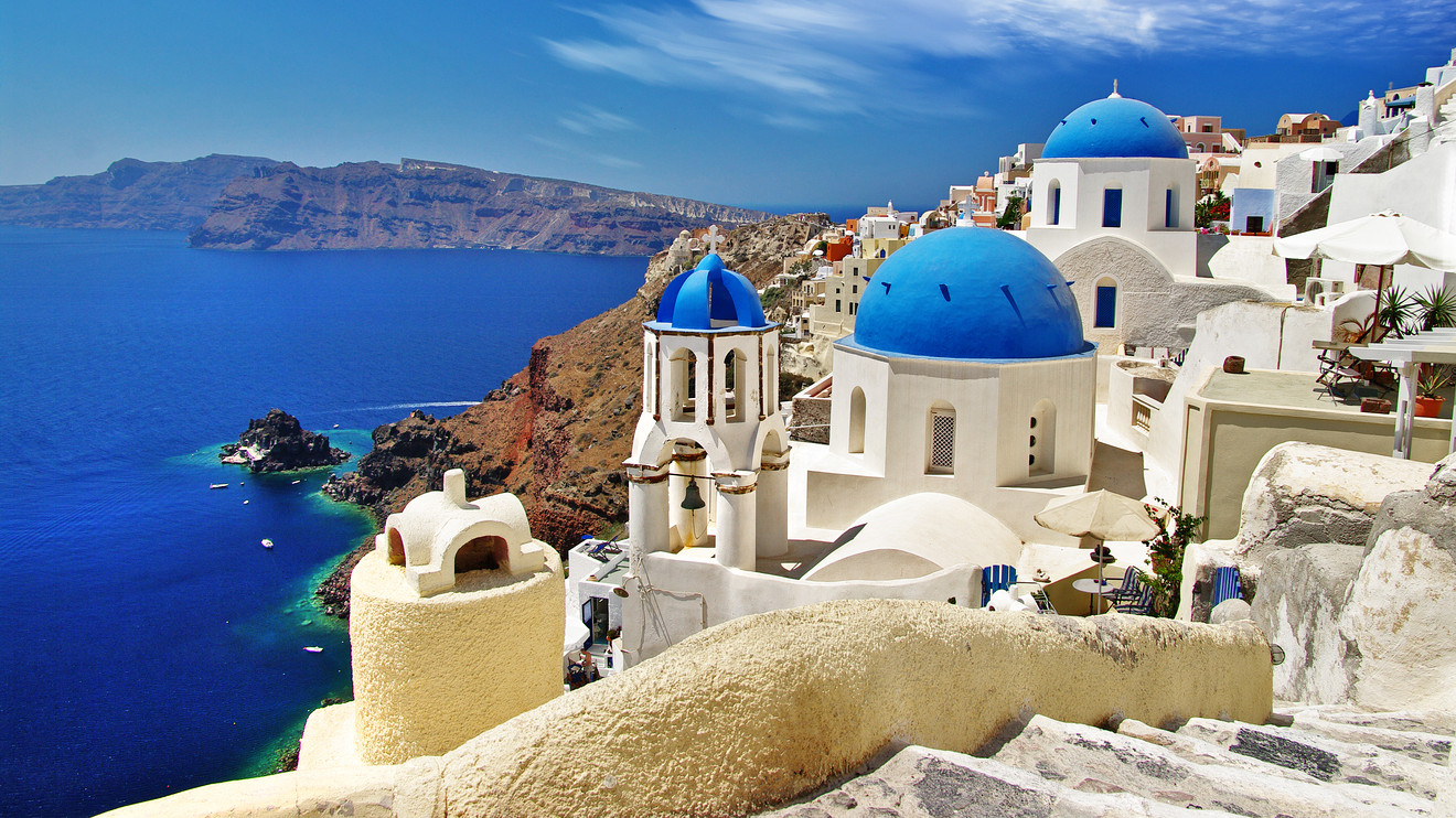 Luxury in Greece: amazing hotels to discover