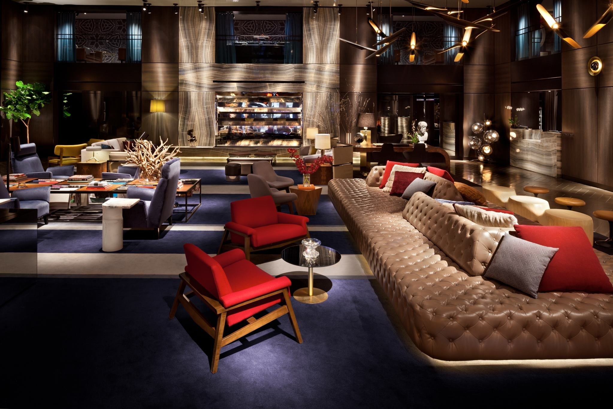 Luxury lifestyle the paramount hotel in new york for Most expensive hotel in nyc