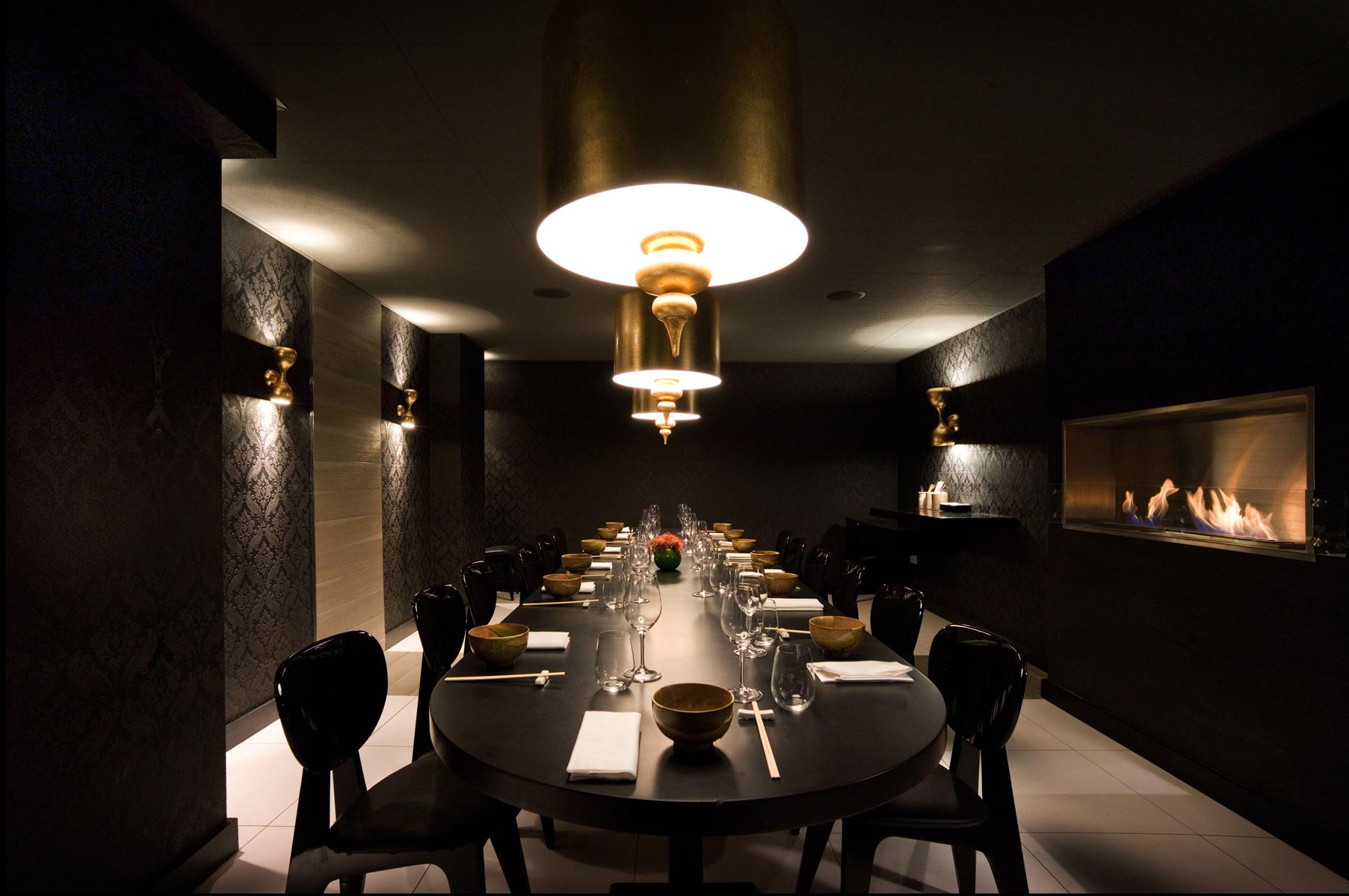 Kelly Hoppen projects Eight Over Eight Restaurant London kelly hoppen Top Interior Designer: the work of Kelly Hoppen Kelly Hoppen projects Eight Over Eight Restaurant London