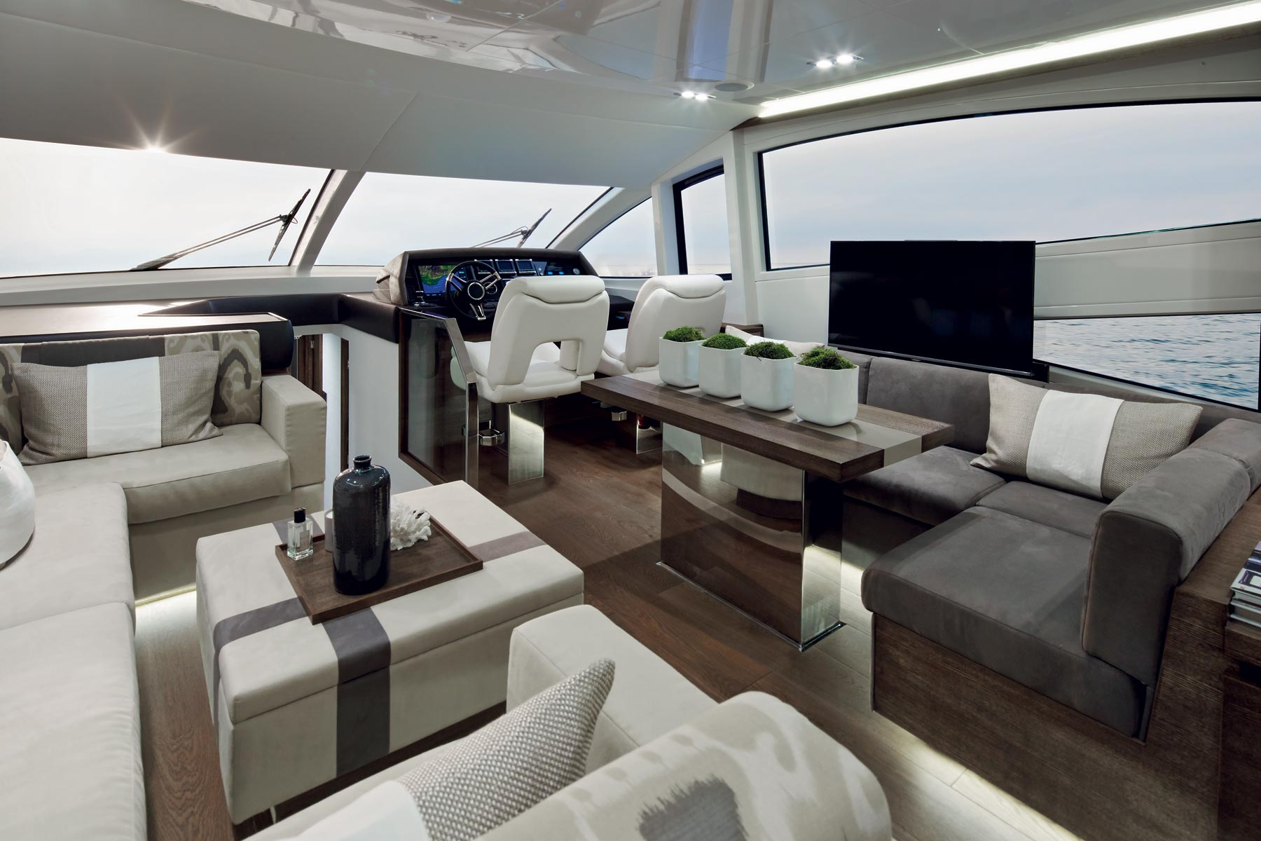 Kelly Hoppen projects luxury Yacht Pearl kelly hoppen Top Interior Designer: the work of Kelly Hoppen Kelly Hoppen projects luxury Yacht Pearl