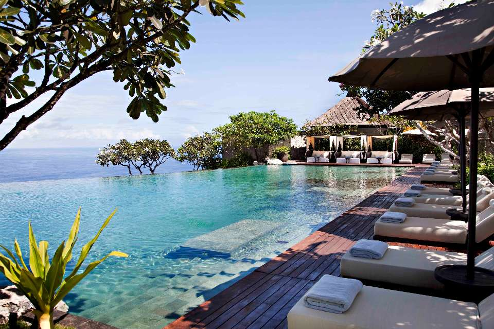 Top luxury hotels bali s bulgari resort for Best hotels in bali