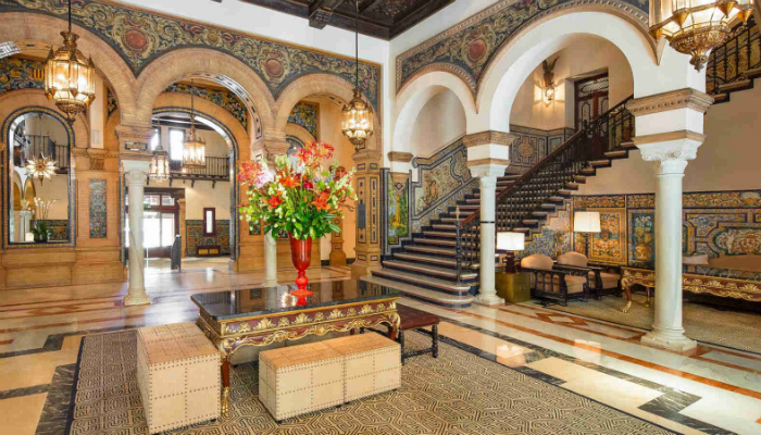 Hotel Alfonso XIII of Seville was renovated - luxury iconic hotel Hotel Alfonso XIII: The most Iconic Hotel of Seville was renovated Hotel Alfonso XIII of Seville was renovated luxury