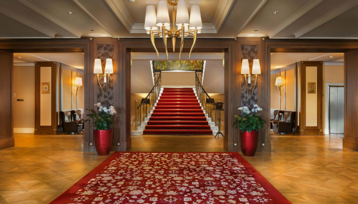 The Grand Hotel Kempinski will turn winter holidays into a fairy tale - Luxury hotel kempinski The Grand Hotel Kempinski turns winter holidays into living fairy tale The Grand Hotel Kempinski will turn winter holidays into a fairy tale luxury