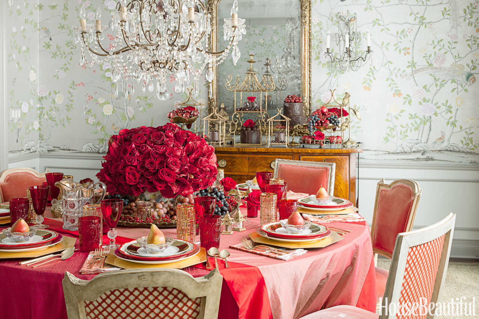 Top 3 Dining Room Table Ideas For A Luxurious Valentines Day