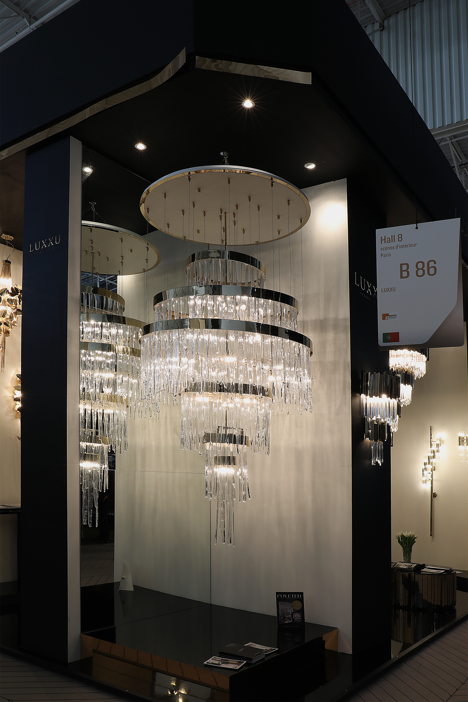 Extravagant Lighting Collection by Luxxu at Maison et Objet Paris 2017 maison et objet paris 2017 Extravagant Lighting Collection by Luxxu at Maison et Objet Paris 2017 babel chandelier maison objet paris luxxu