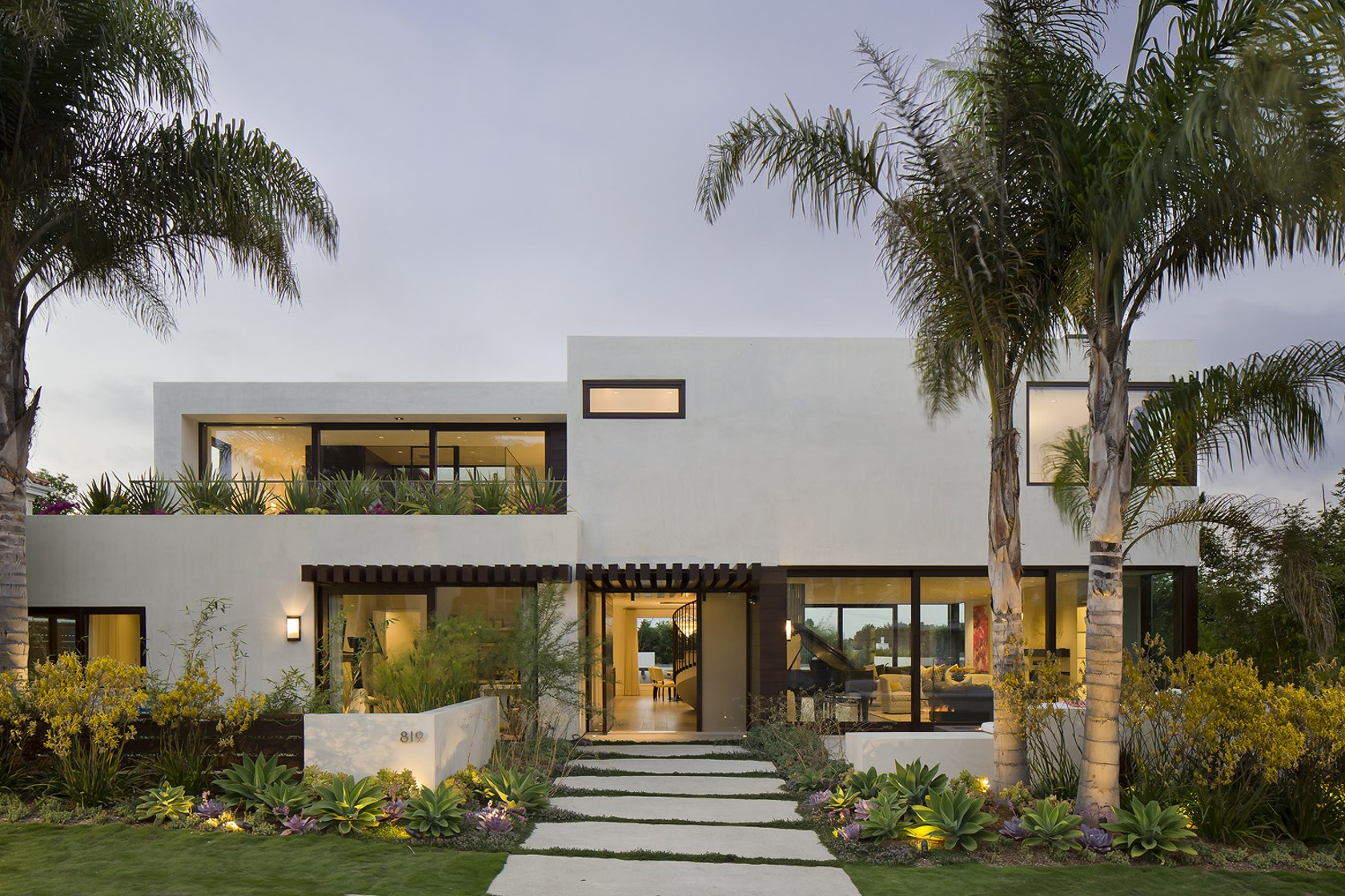 Top 10 incredible modern houses in the united states for Modern house design blog