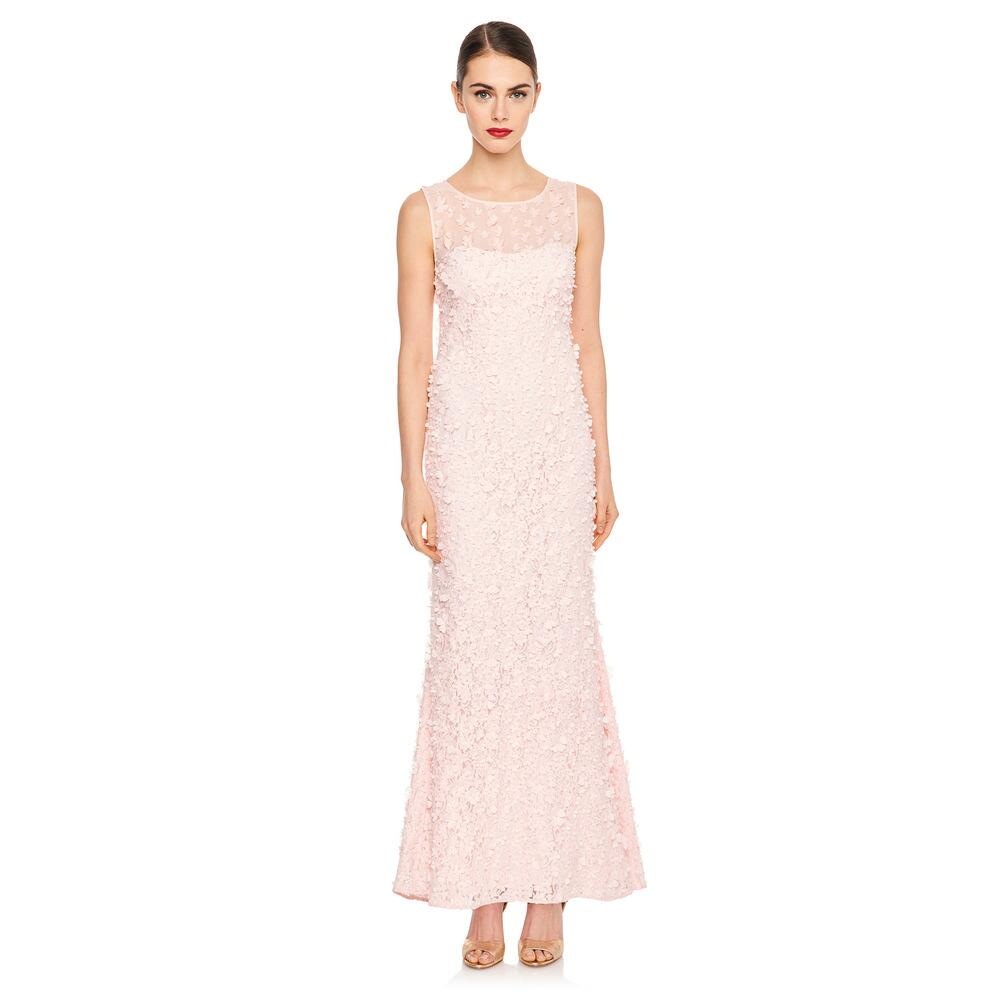 Karl Lagerfeld Launches Feminine Social Evening Wear Collection karl lagerfeld Karl Lagerfeld Launches Feminine Social Evening Wear Collection Karl Lagerfeld Launches Feminine Social Evening Wear Collection 2 1