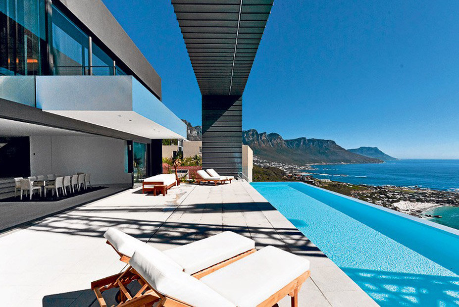 10 Astonishing Views from Luxury Homes Around the World luxury homes 10 Astonishing Views from Luxury Homes Around the World 10 Astonishing Views from Luxury Homes Around the World 5