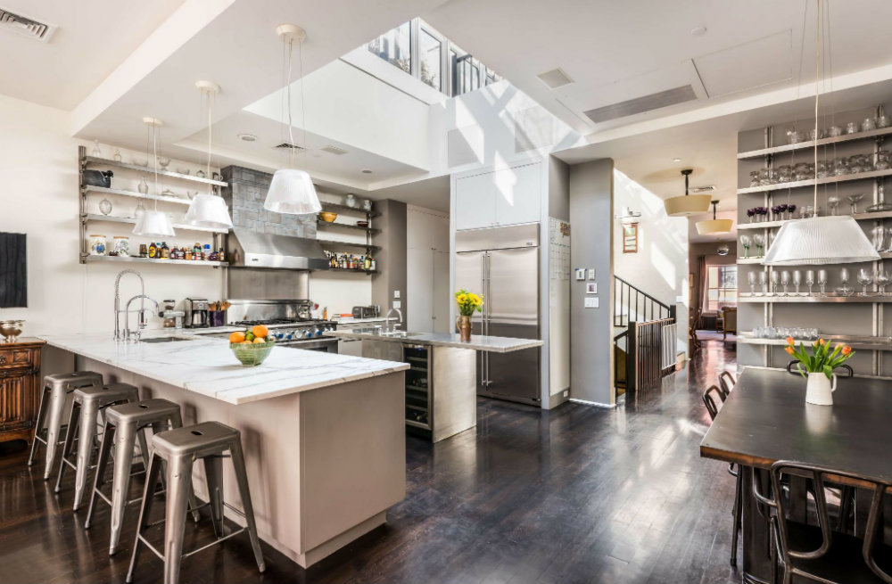 Gwyneth Paltrow's Tribecca Townhouse is up for Sale 02 Gwyneth Paltrow's Tribecca Townhouse Celebrity Homes : Gwyneth Paltrow's Tribecca Townhouse is up for Sale Gwyneth Paltrow   s Tribecca Townhouse is up for Sale 02