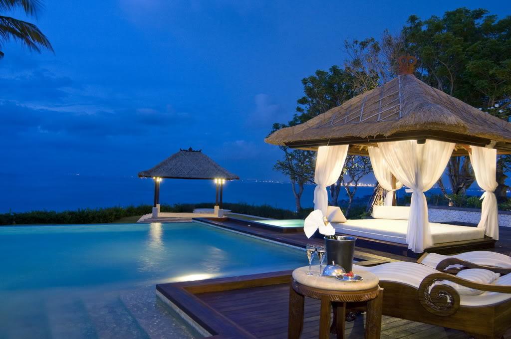 Luxury Retreats and Spas Around the World Celebrities Often Go To luxury retreats Luxury Retreats and Spas Around the World Celebrities Often Go To Luxury Retreats and Spas Celebrities Often Go To 6
