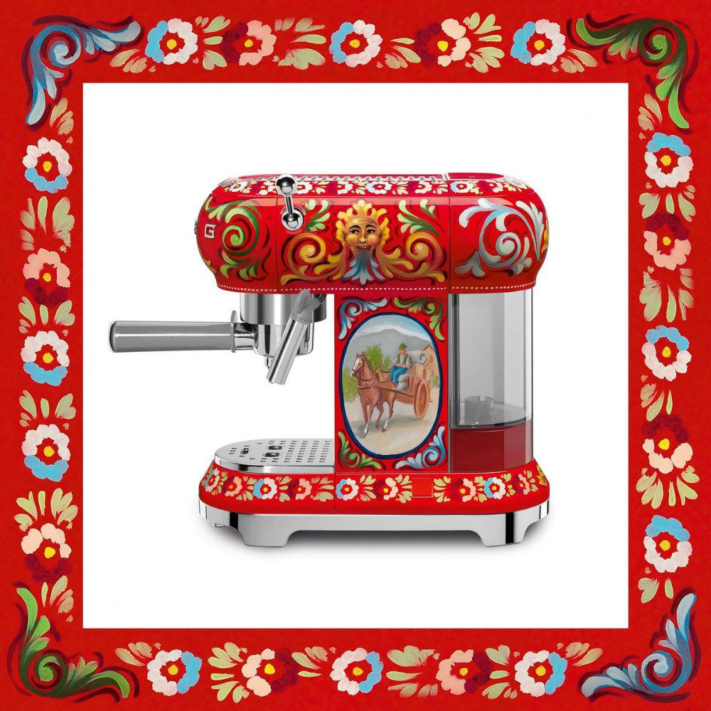 Dolce & Gabbana x SMEG Release Luxury Kitchen Appliances 01 luxury kitchen appliances Dolce & Gabbana x SMEG Release Luxury Kitchen Appliances Dolce Gabbana x SMEG Release Luxury Kitchen Appliances 01