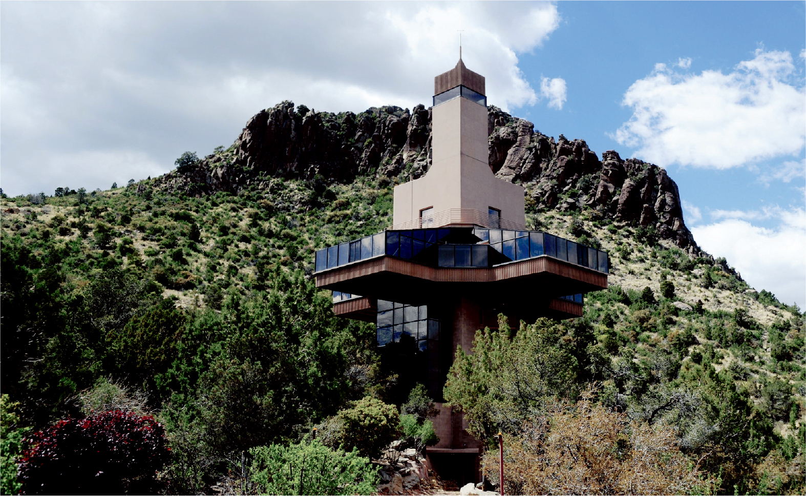 The Tallest House in the World Now on the Market for $1.5 Million tallest house in the world The Tallest House in the World Now on the Market for $1.5 Million The Tallest House in the World Now on the Market for 1