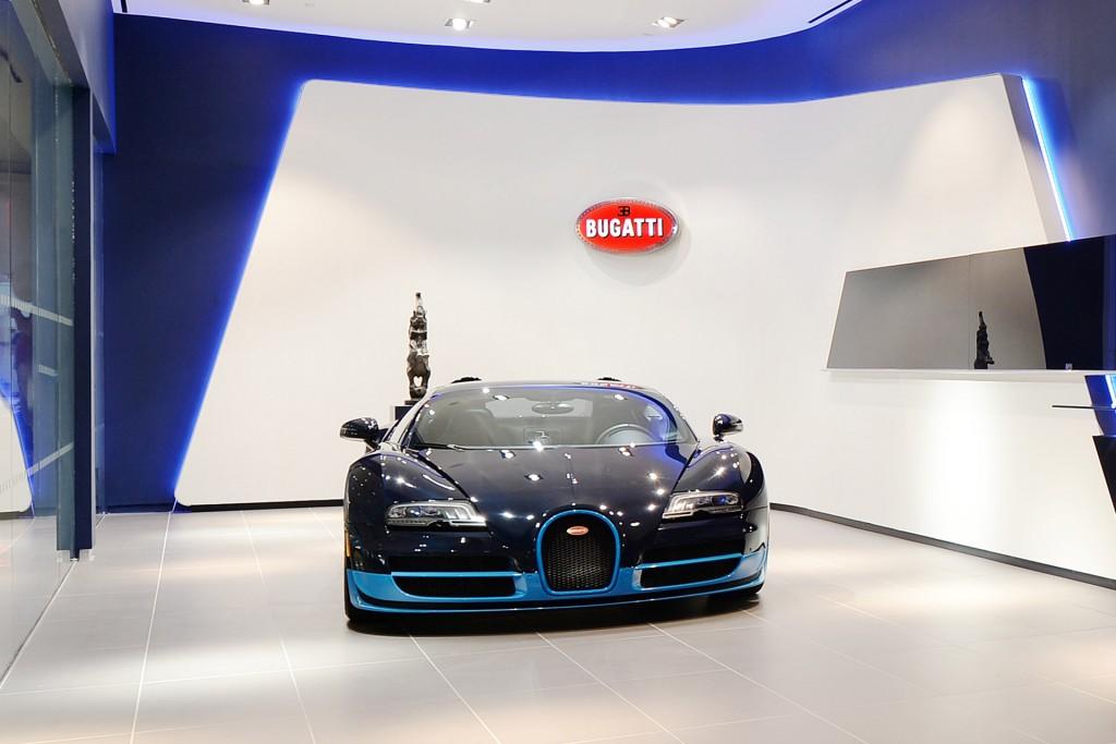 Bugatti Showroom in Dubai Happens To Be The nd's Largest on aston martin showroom, alfa romeo showroom, audi showroom, rolls royce showroom, dodge showroom,