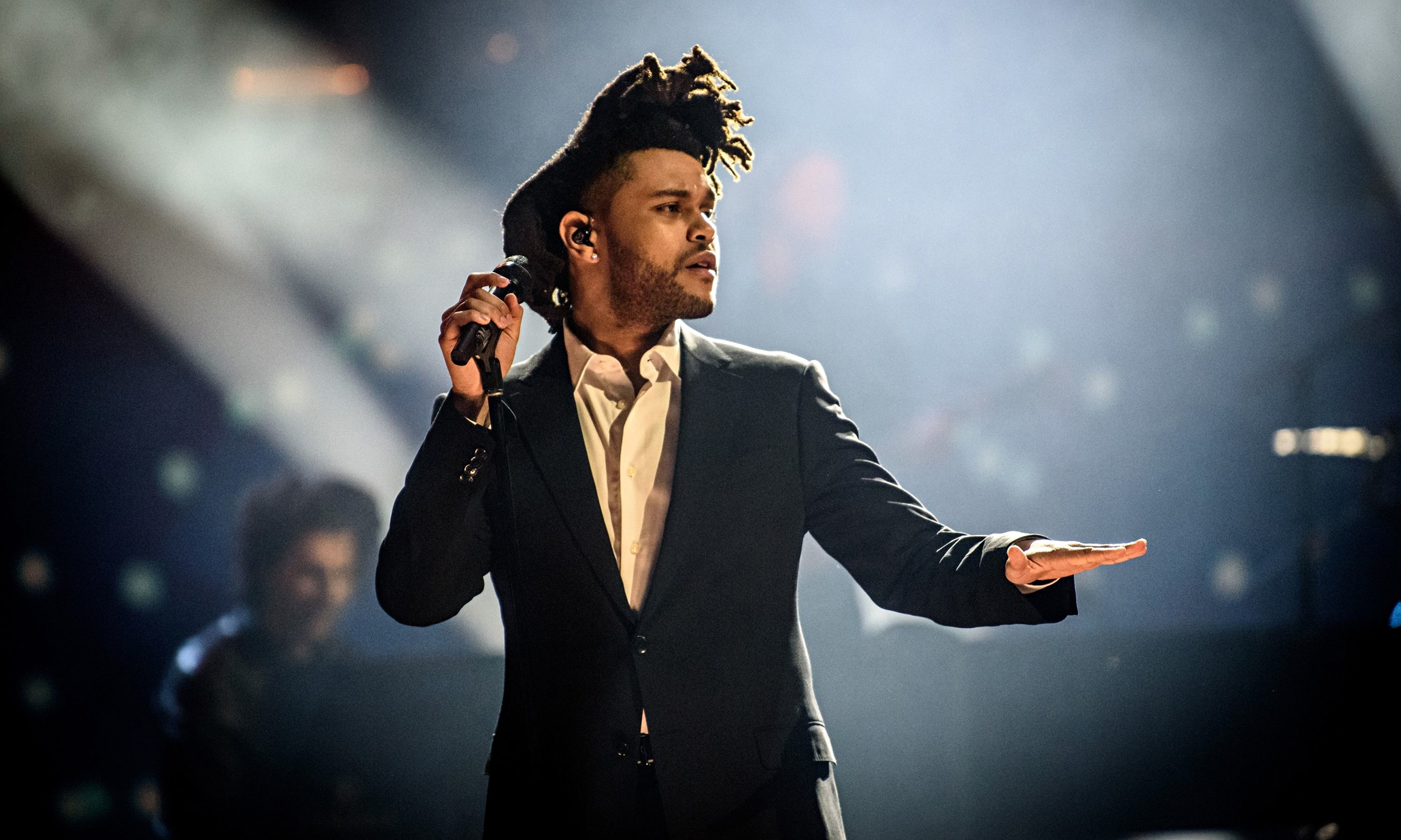 Celebrity Homes: The Weeknd Buys a $20 Million Hidden Hills Estate celebrity homes Celebrity Homes: The Weeknd Buys a $20 Million Hidden Hills Estate Celebrity Homes The Weeknd Buys a 20 Million Hidden Hills Estate 1