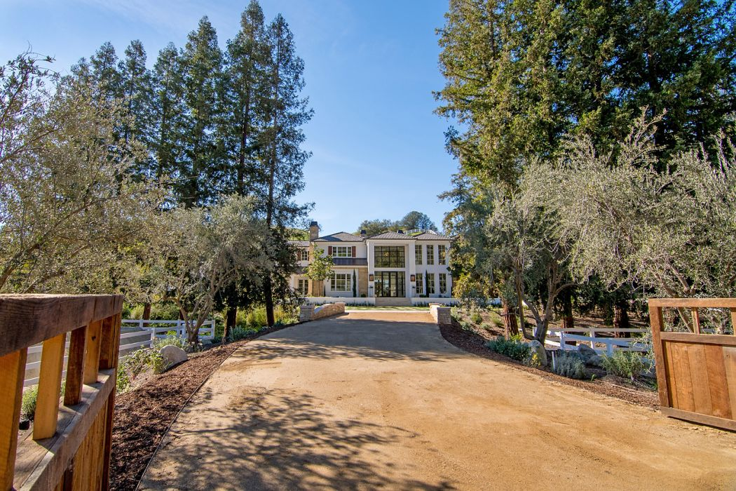 Celebrity Homes: The Weeknd Buys a $20 Million Hidden Hills Estate celebrity homes Celebrity Homes: The Weeknd Buys a $20 Million Hidden Hills Estate Celebrity Homes The Weeknd Buys a 20 Million Hidden Hills Estate 2