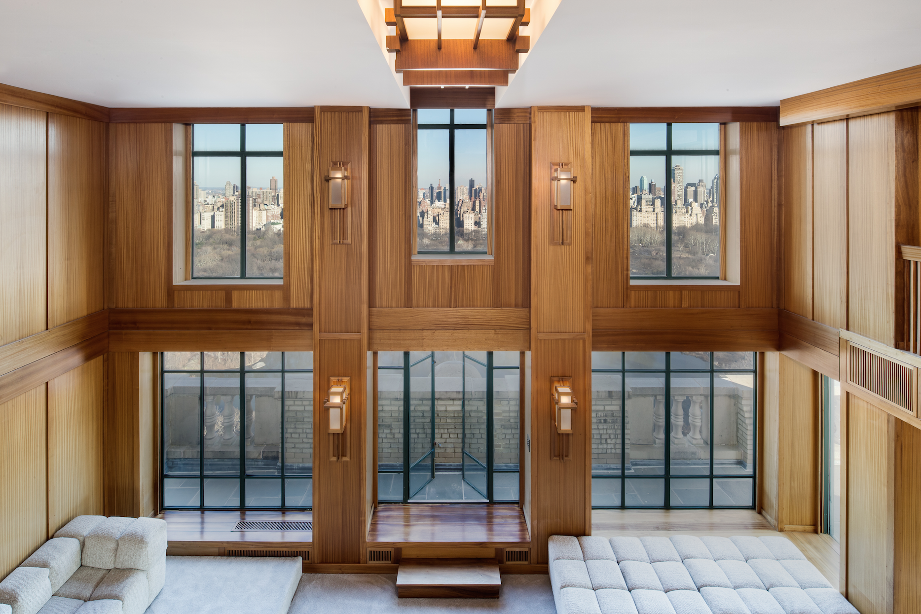 Demi Moore's New York Penthouse Finally Sold for $45 Million demi moore Demi Moore's New York Penthouse Finally Sold for $45 Million You Can Now Purchase Demi Moores San Remo Penthouse for 45 Million 3