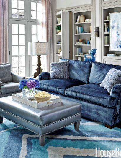 6 Ways to Use the Trendy Navy Blue and Gold Color Scheme 01