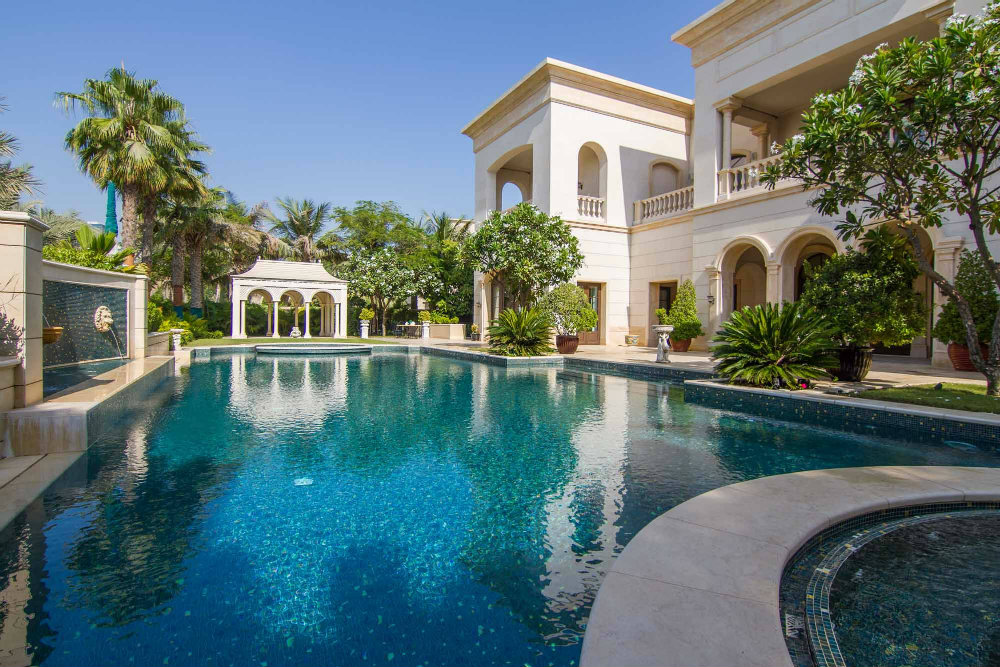 Top 5 most expensive houses in dubai for Top 10 beautiful houses