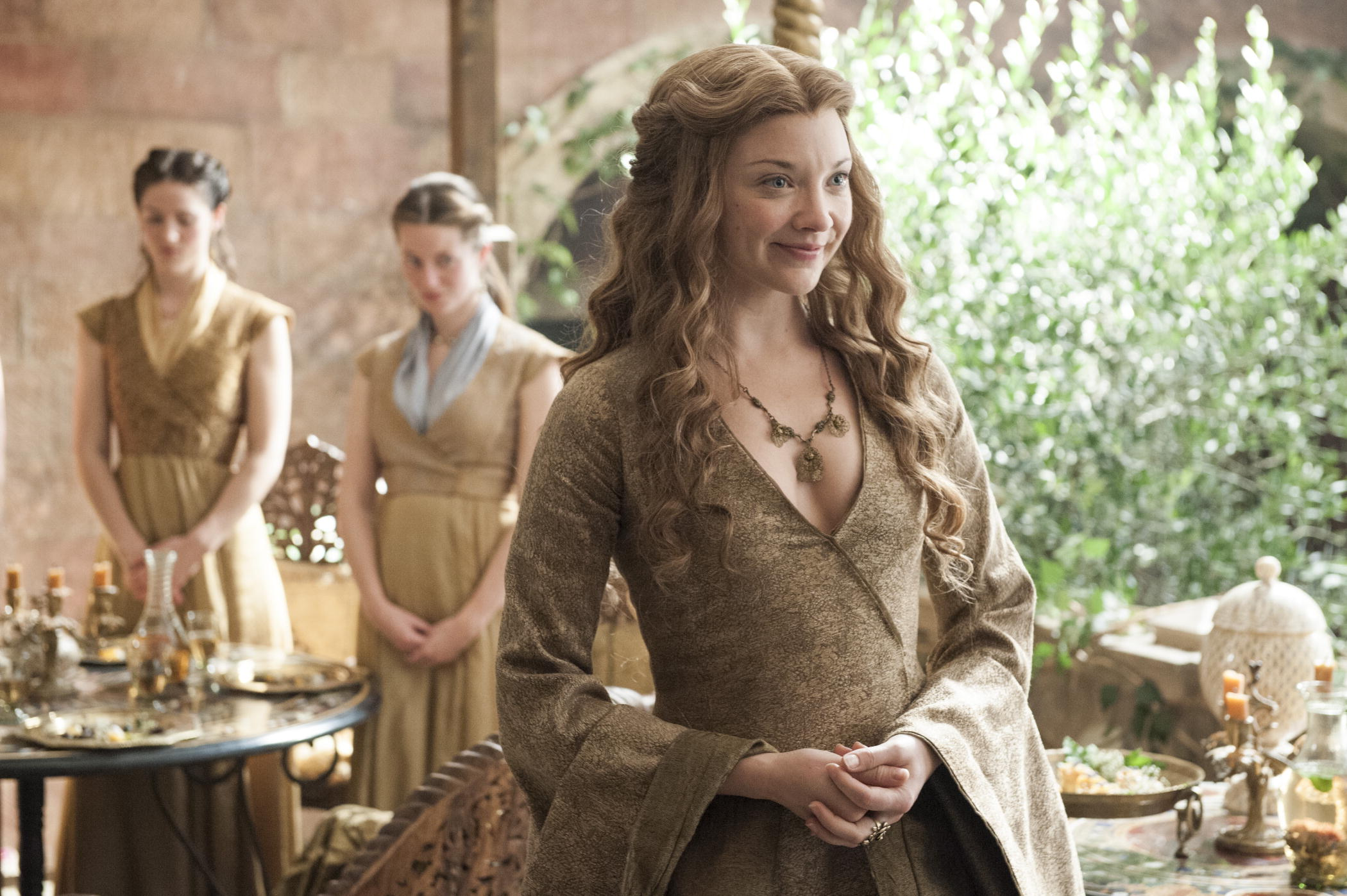 Get Inspired by these Imposing Game Of Thrones Outfits