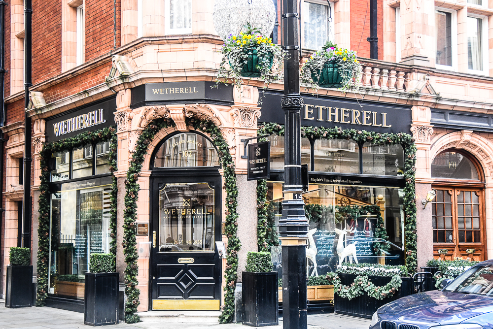 Meet Mayfair - The Most Desirable Neighborhood in London 06 Most Desirable Neighborhood in London Meet Mayfair – The Most Desirable Neighborhood in London Meet Mayfair The Most Desirable Neighborhood in London 06