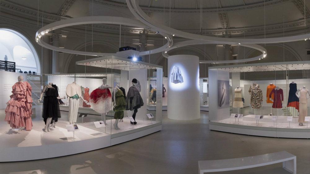 5 Fashion Exhibits Worth Visiting 03 Fashion Exhibits 5 Fashion Exhibits Worth Visiting 5 Fashion Exhibits Worth Visiting 03
