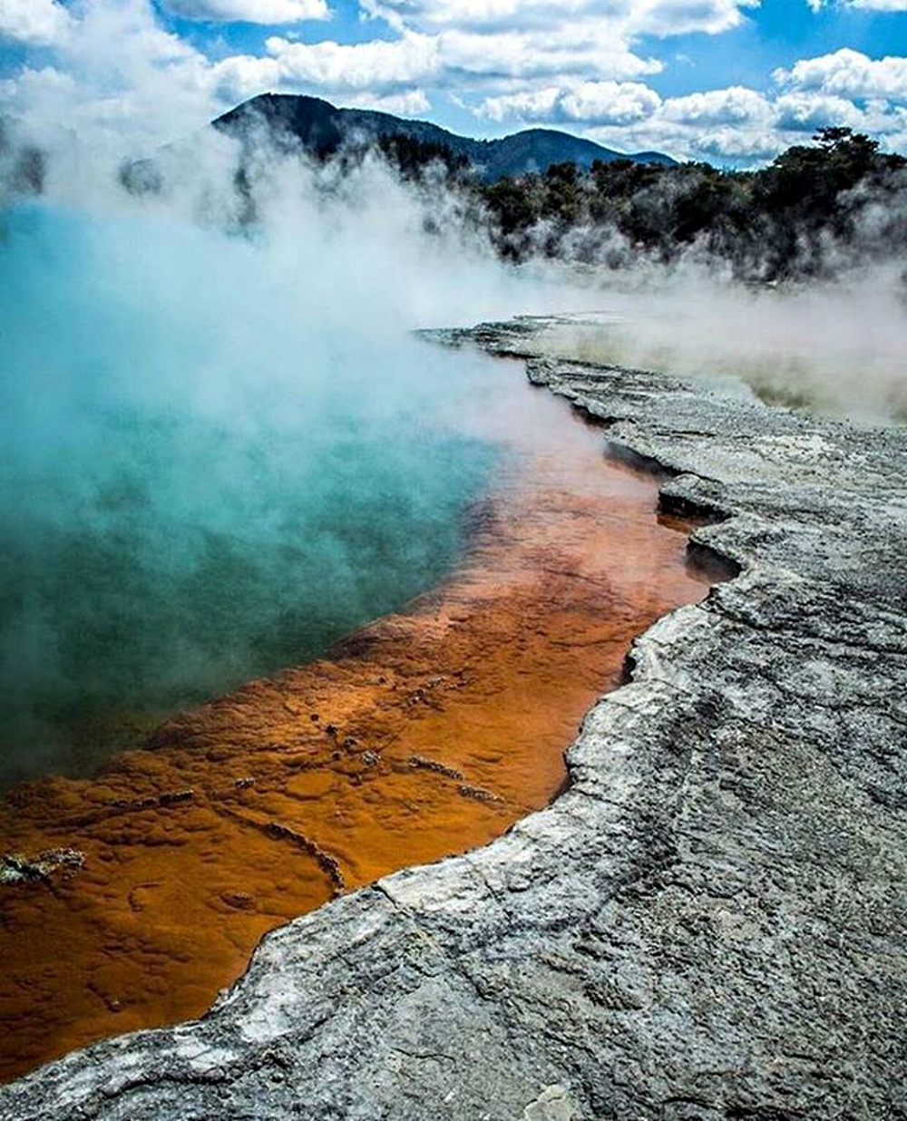 Luxury Travel: Outstanding Places to Visit At Least Once in a Lifetime outstanding places to visit Luxury Travel: Outstanding Places to Visit At Least Once in a Lifetime 5 Outstanding Places to Visit At Least Once in a Lifetime Champagne pool