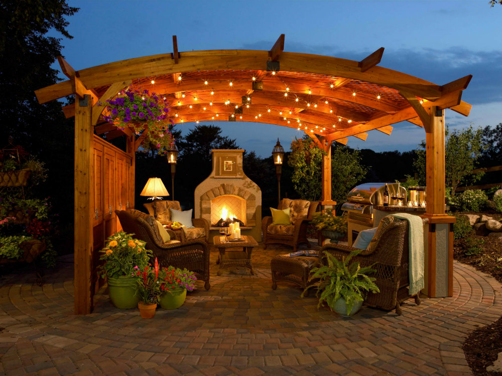 How To Create The Perfect Fall Outdoor Area