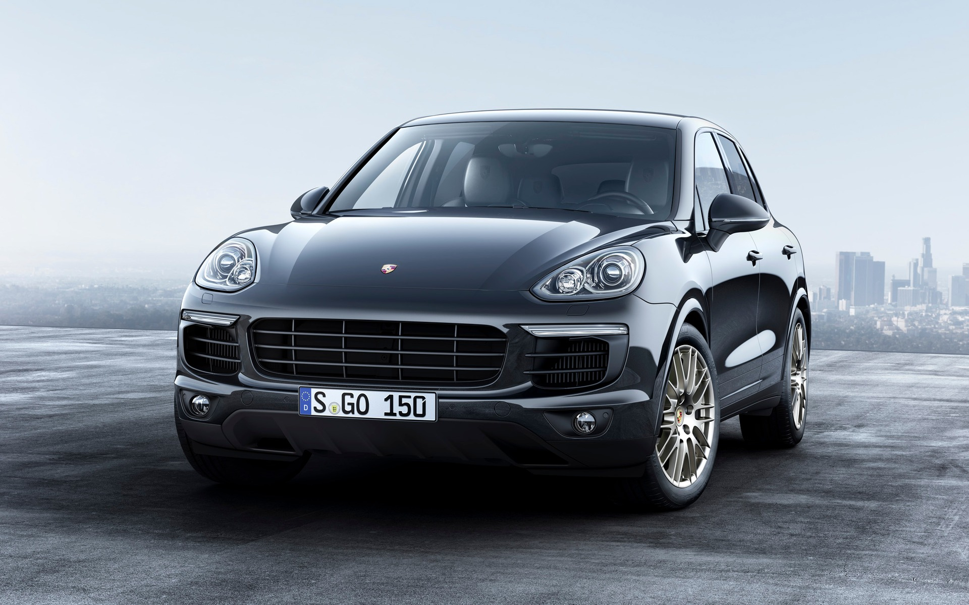 5 Luxury Cars to Keep an Eye On at IAA 2017 iaa 2017 5 Luxury Cars to Keep an Eye On at IAA 2017 5 Luxury Cars to Keep an Eye On at IAA 2017 Porsche Cayenne 2