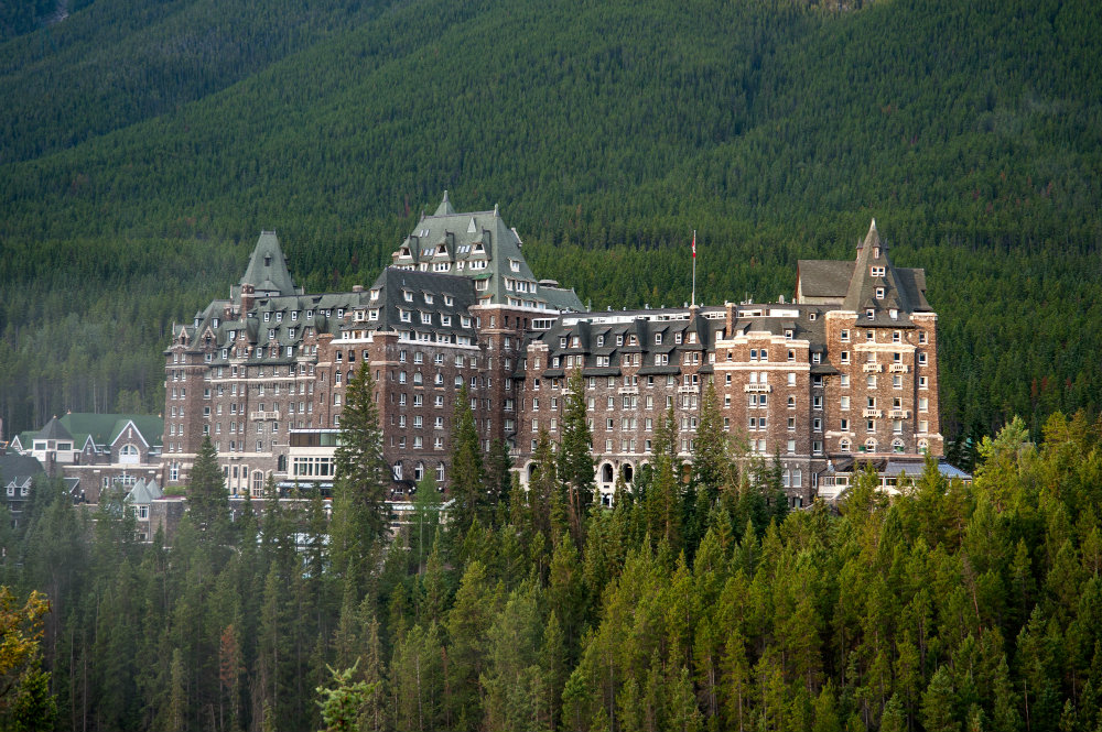Haunted Hotels For A Spooky Halloween Escape
