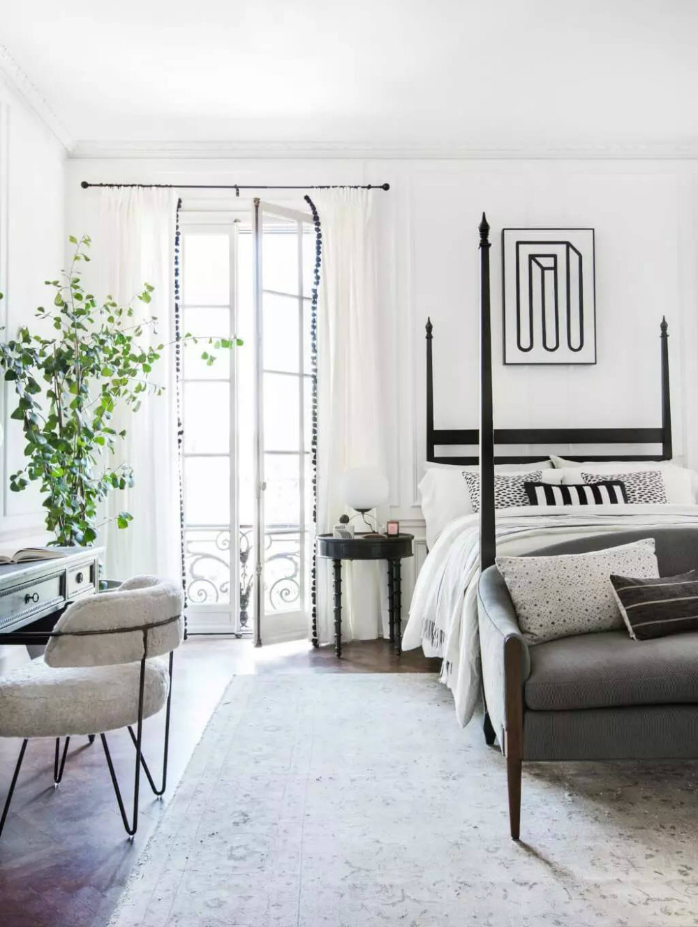 Discover the Bedroom Colors Top Interior Designers Love 06 Bedroom Colors Discover the Bedroom Colors Top Interior Designers Love Discover the Bedroom Colors Top Interior Designers Love 06