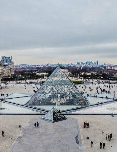 10 Places You Must Visit in Paris 01