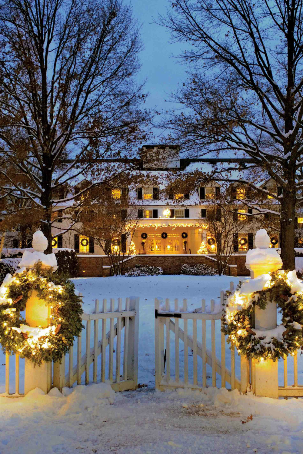 5 Magical Christmas Lighting Ideas