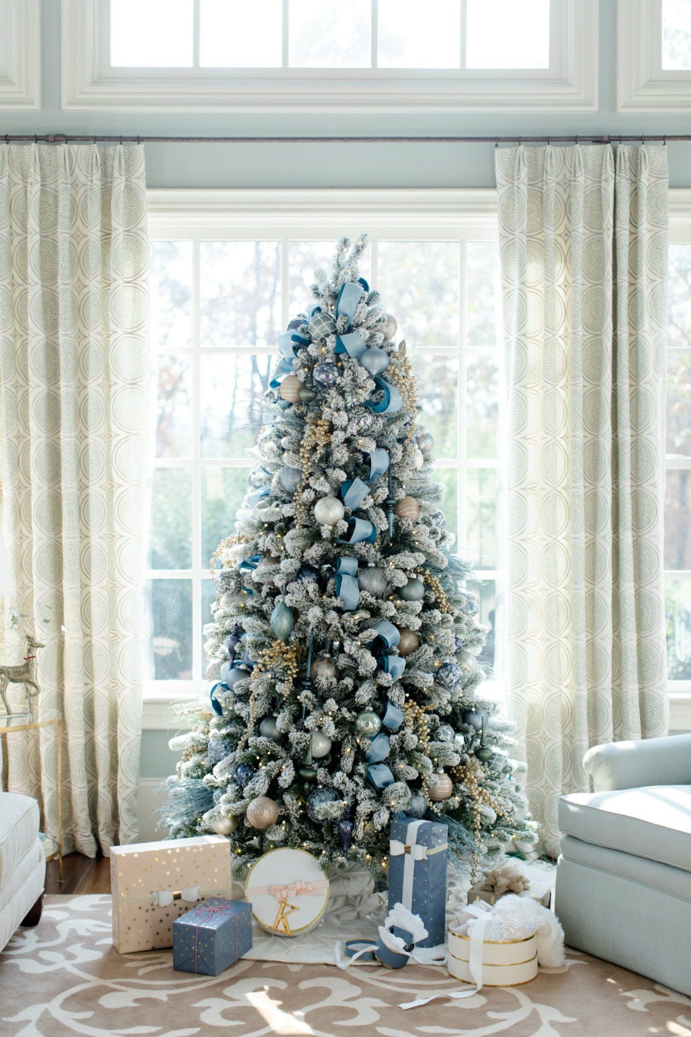 7 chic christmas decorations for the most memorable holiday 04 chic christmas decorations 7 chic christmas - Chic Christmas Decorations