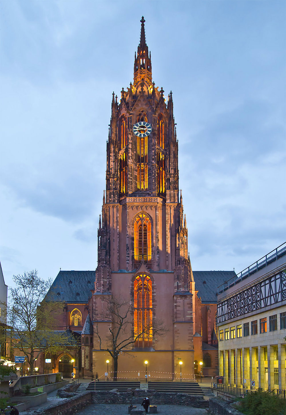 6 Of The Most Iconic Places To Visit in Frankfurt 07 Places To Visit in Frankfurt 6 Of The Most Iconic Places To Visit in Frankfurt 6 Of The Most Iconic Places To Visit in Frankfurt 07