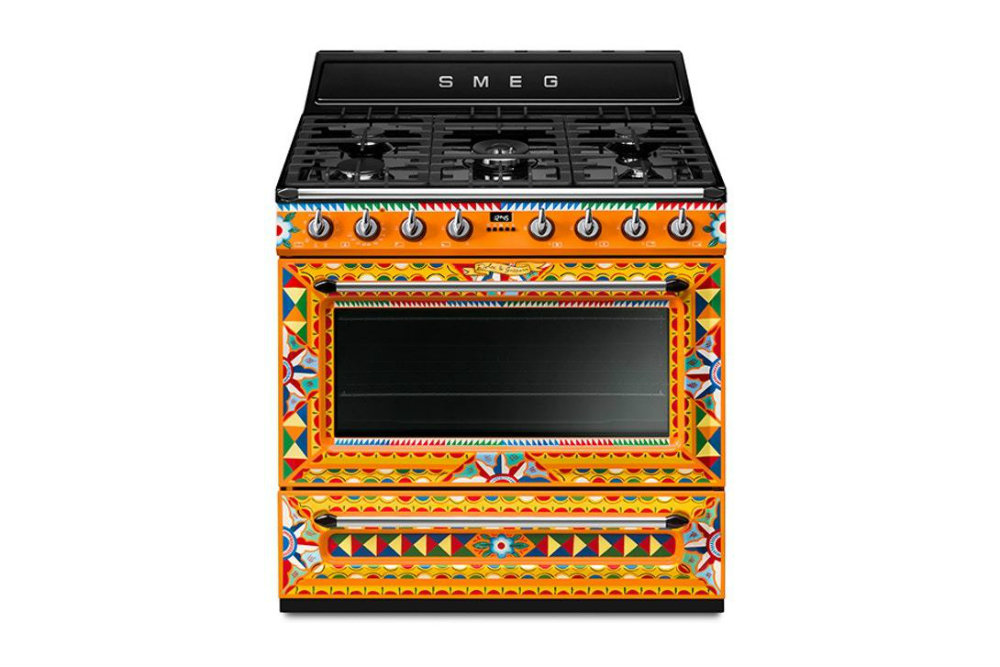 Smeg x Dolce Gabbana Released a New Cooker Range 06 Smeg x Dolce Gabbana Smeg x Dolce Gabbana Released a New Cooker Range Smeg x Dolce Gabbana Released a New Cooker Range 06