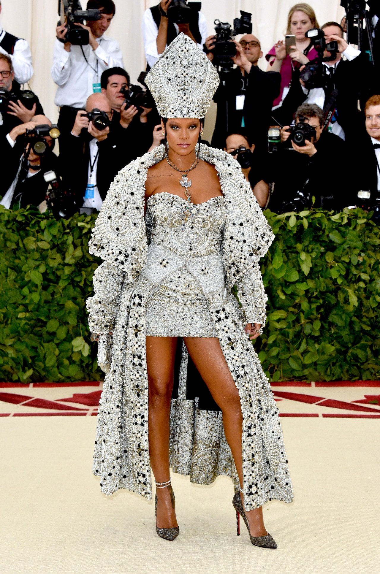 Met Gala 2018 The Best Looks from the Red Carpet 04 Met Gala 2018 Met Gala 2018: The Best Looks from the Red Carpet Met Gala 2018 The Best Looks from the Red Carpet 04