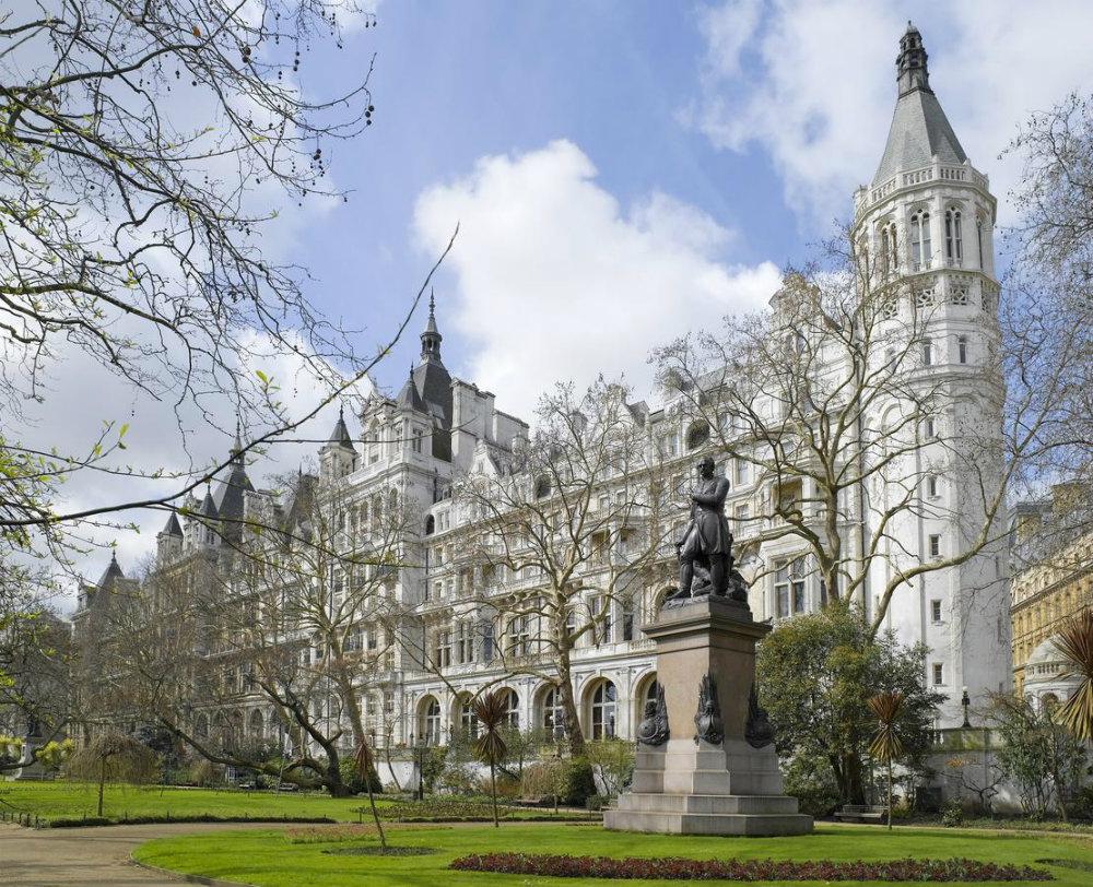5 Luxury Hotels in London Full of History 05 Luxury Hotels 5 Luxury Hotels in London Full of History 5 Luxury Hotels in London Full of History 05
