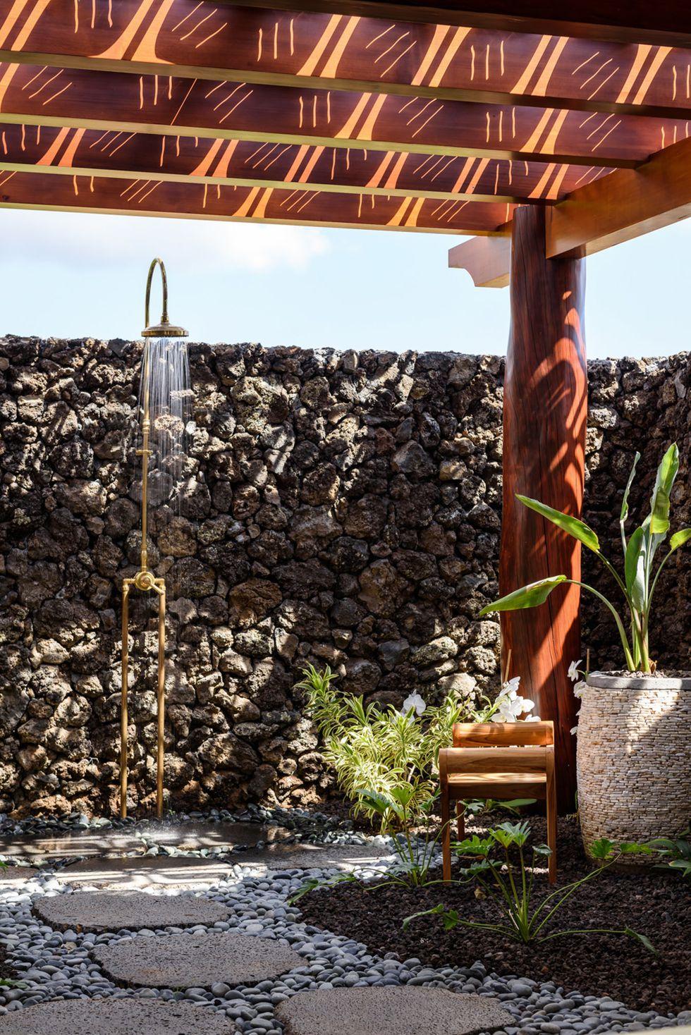 Luxury Outdoor Showers To Update Your Backyard 06 Luxury outdoor showers Luxury Outdoor Showers To Update Your Backyard Luxury Outdoor Showers To Update Your Backyard 06